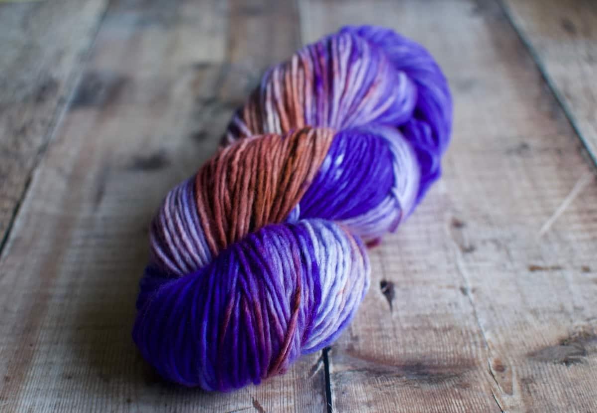 sea anemone washable wool yarn