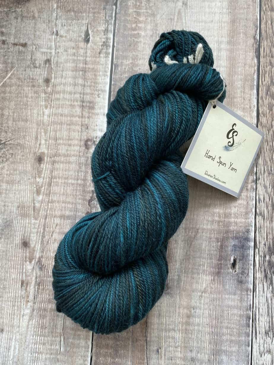 Handspun yarn – chain plied – teal blue merino wool handmade