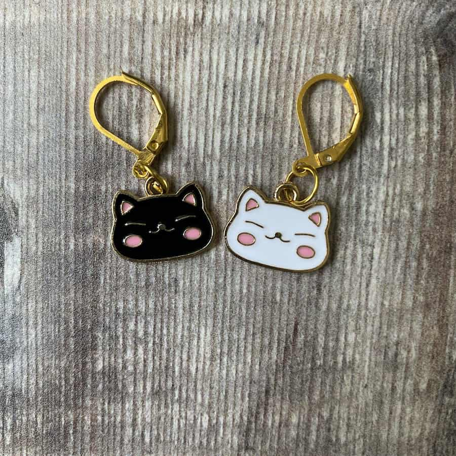 kawaii cat face progress keeper and stitch marker – set of two by Eleanor Shadow